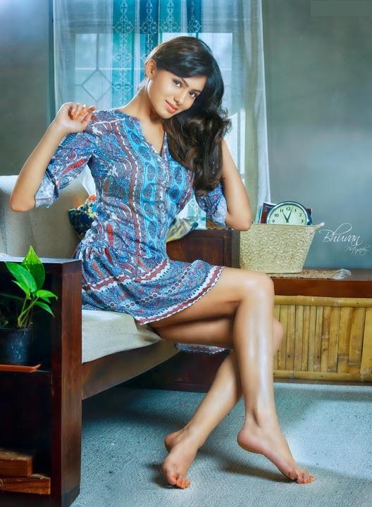 Deepa sannidhi figure wallpaper