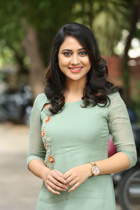 Miya george green dress hd pics