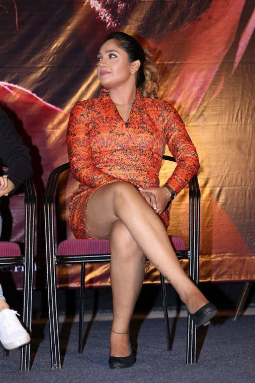 Mumtaz sorcar hd glamour stills