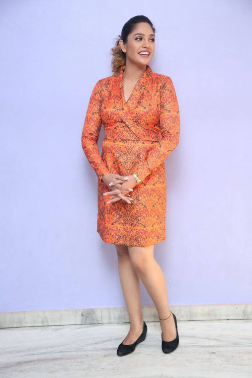 Mumtaz sorcar orange coor dress cool photos
