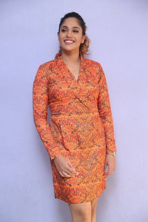 Mumtaz sorcar orange coor dress photos