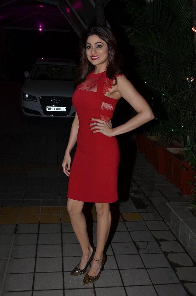 Shamita shetty night photos