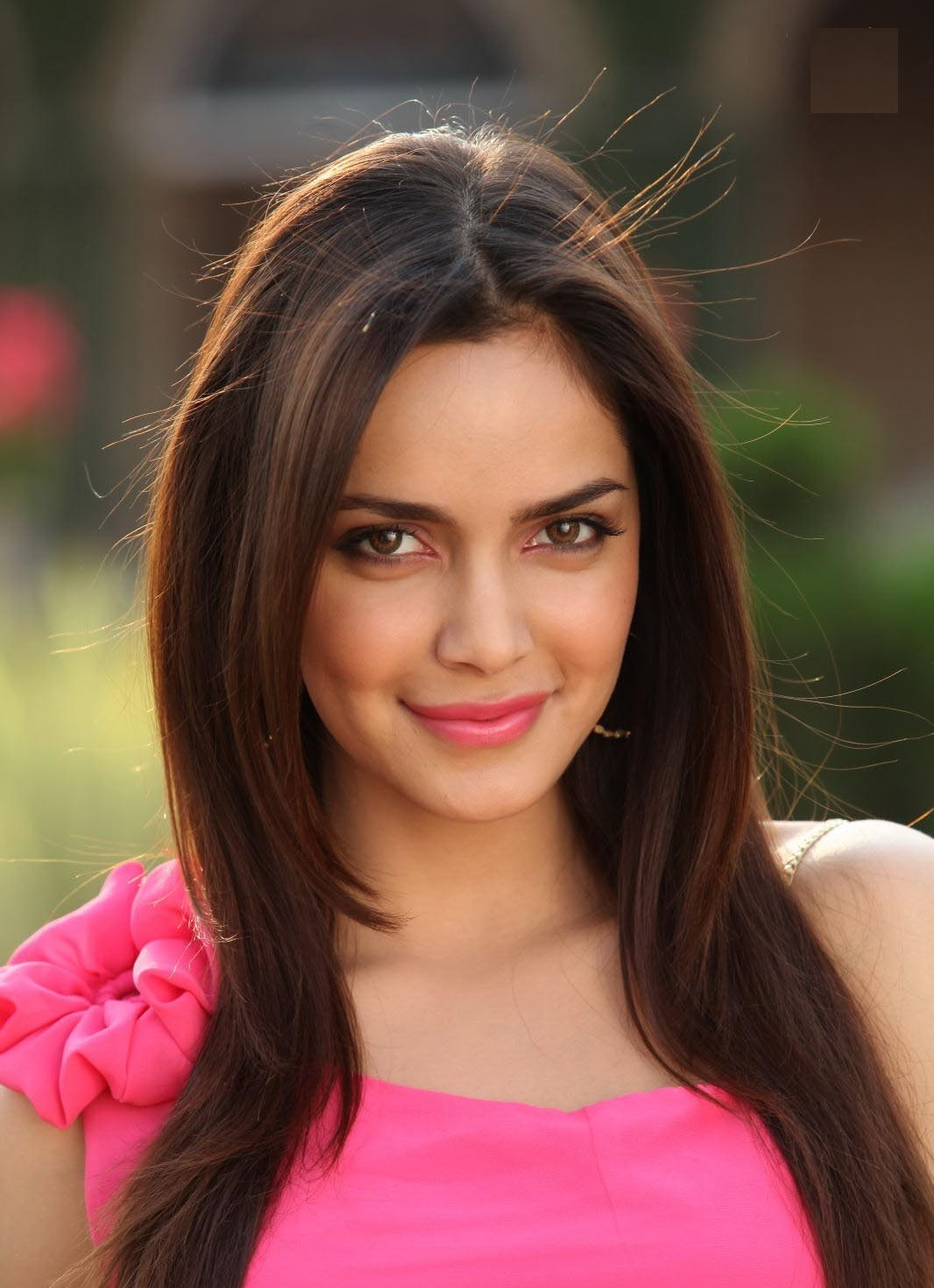Shazahn padamsee face photos