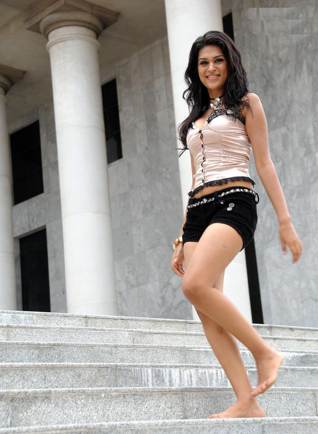 Shraddha das mini dress photos