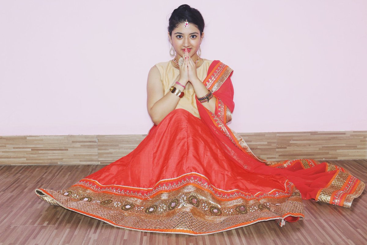 Shriya sharma half saree pictures