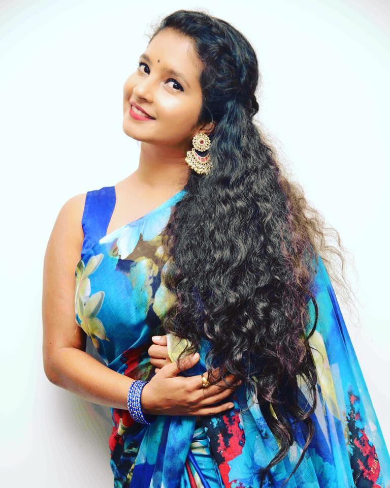 Shubha poonja saree photos