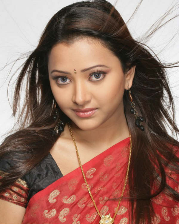 Shweta basu prasad saree photos