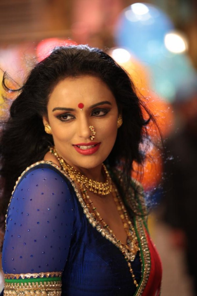 Shweta menon makeup photos
