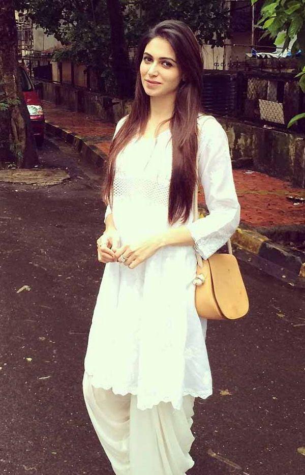 Simran mundi white dress photos