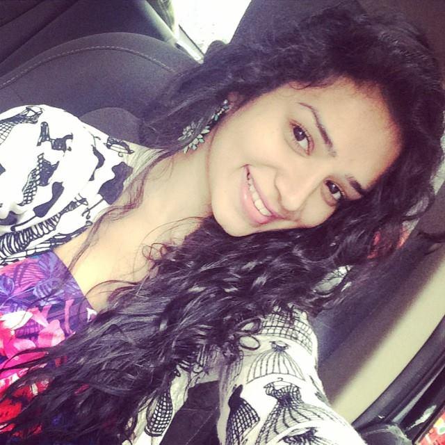 Sukirti kandpal selfie photos
