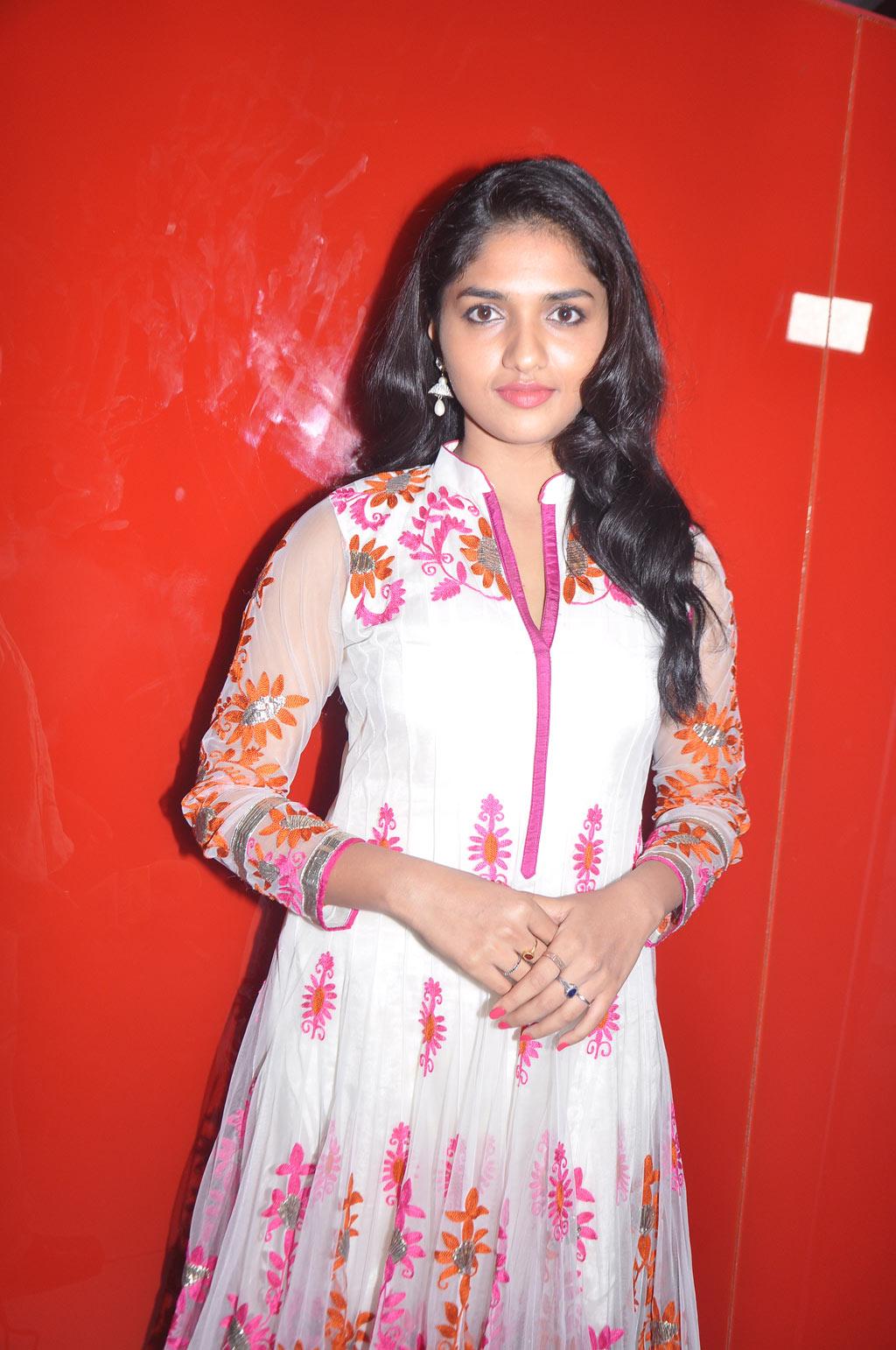 Sunaina churidar photos