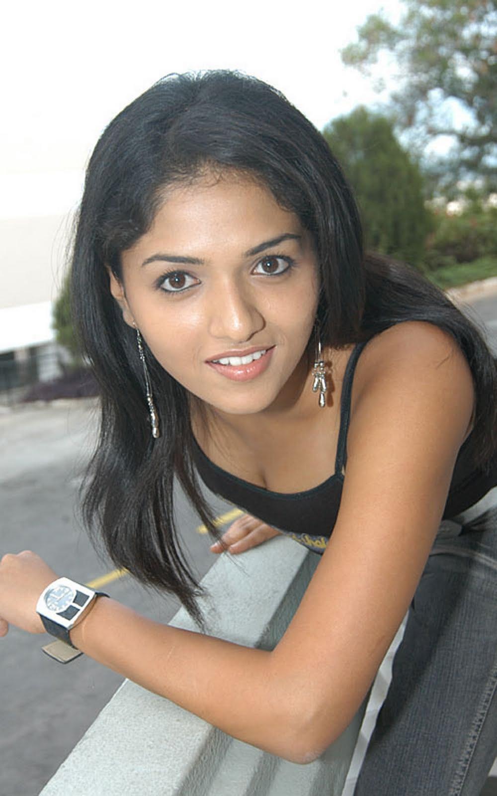 Sunaina public photos