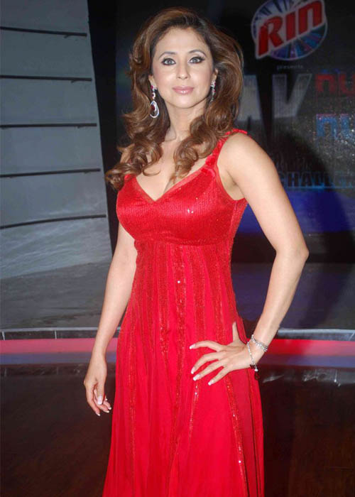 Urmila matondkar red dress photos