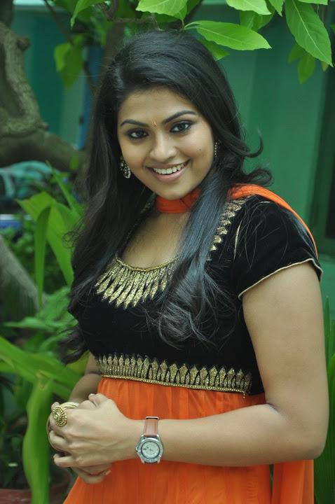 Nandhana hd desktop pictures