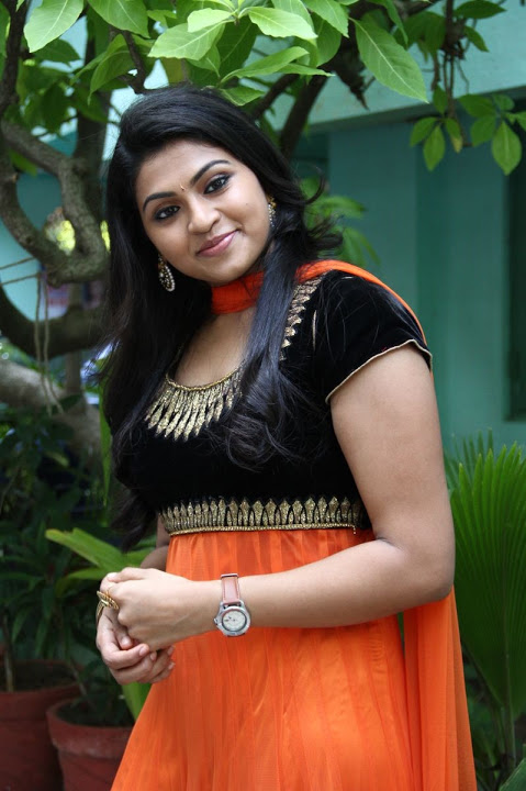Nandhana hd photoshoot pictures