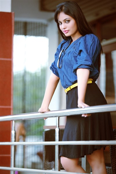 Nandita swetha glamour cute photos