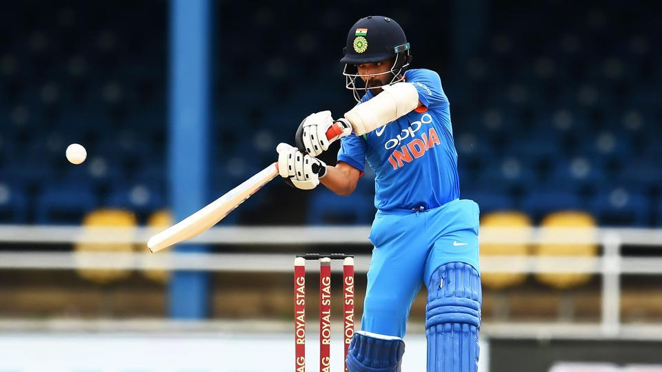 Shikhar dhawan batting pictures