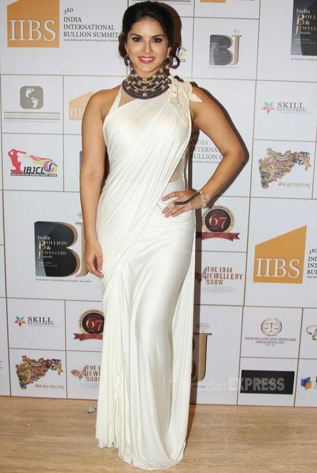 Sunny leone white saree photos