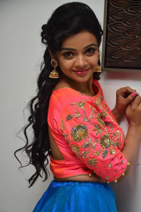 Actress nithya shetty desktop hd wallpaper