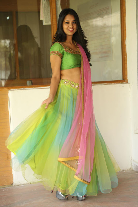 Nikita bisht green dress cute pictures