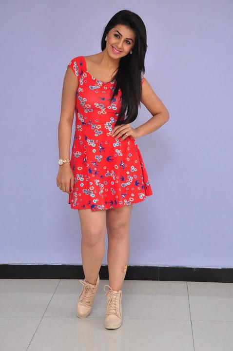 Nikki galrani midi dress press meet slide show
