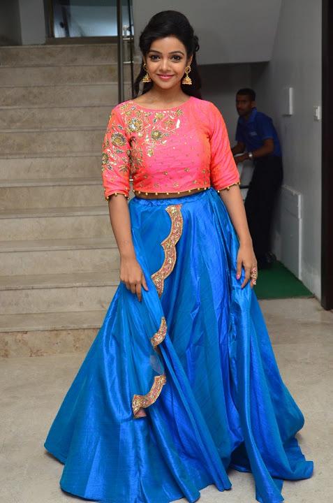 Nithya shetty actress glamour hd photos