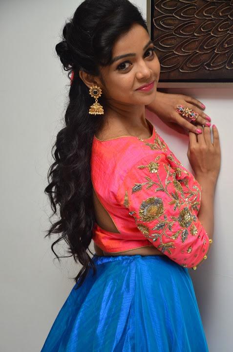 Nithya shetty smile pose gallery