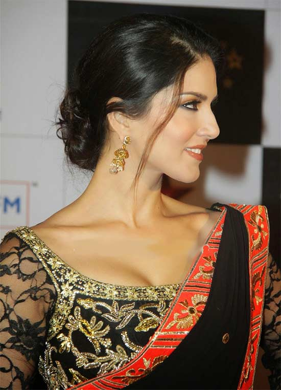 Sunny leone wearing black saree pictures