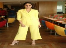 pragya jaiswal yellow dress pictures
