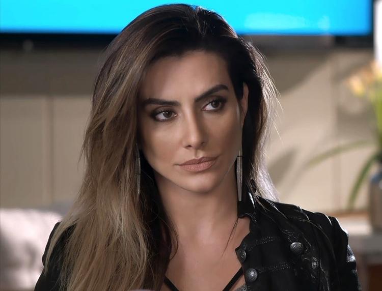 Actress cleo pires black dress wallpaper