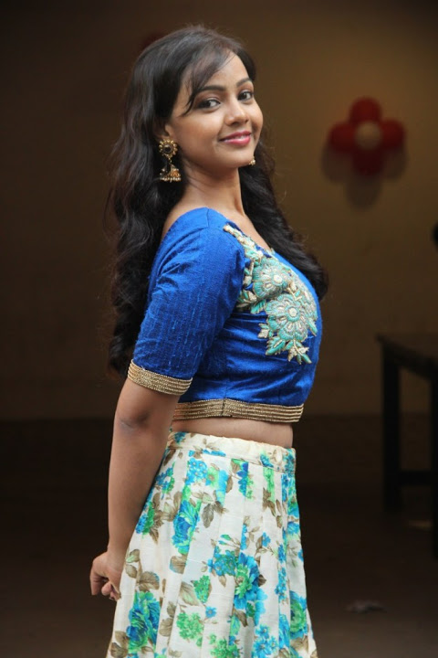 Nithya shetty blue dress fashion wallpaper