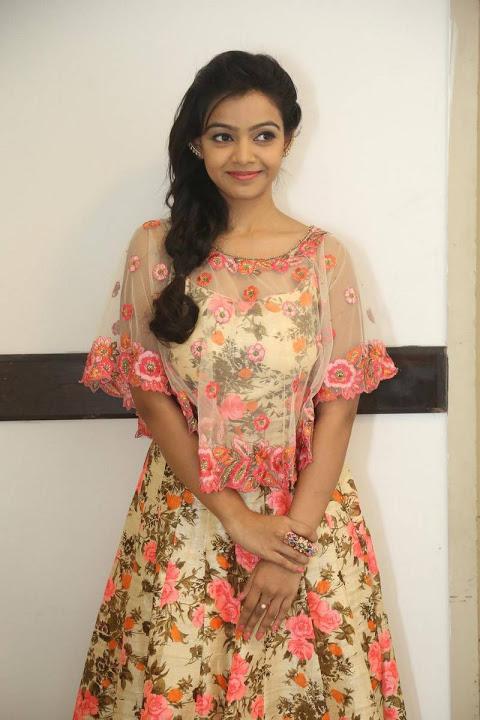 Nithya shetty cute gallery