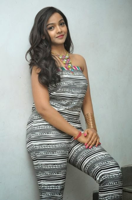 Nithya shetty exclusive computer pictures