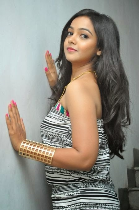 Nithya shetty exclusive desktop photos