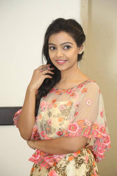 Nithya shetty modeling fotos