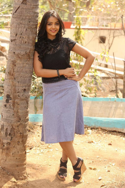 Nitya shetty cool photos