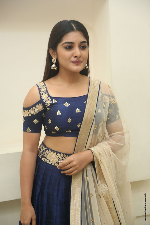 Nivetha thomas figure wallpaper