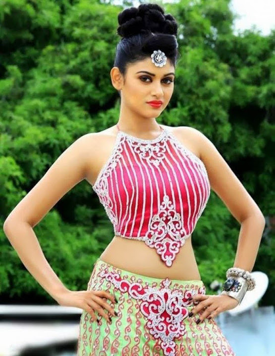 Oviya helen hot pictures