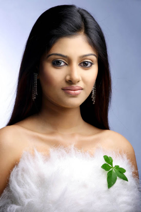 Oviya helen hot white dress cute pictures