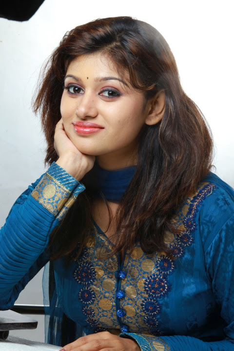 Oviya helen smile pose blue dress pictures