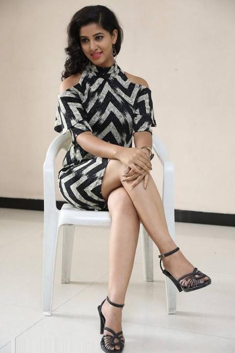 Pavani lavanya black dress interview gallery