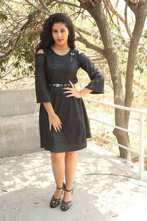 Pavani reddy black dress exclusive photoshoot pics