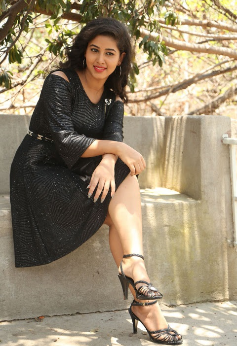 Pavani reddy smile pose black dress hd slide show