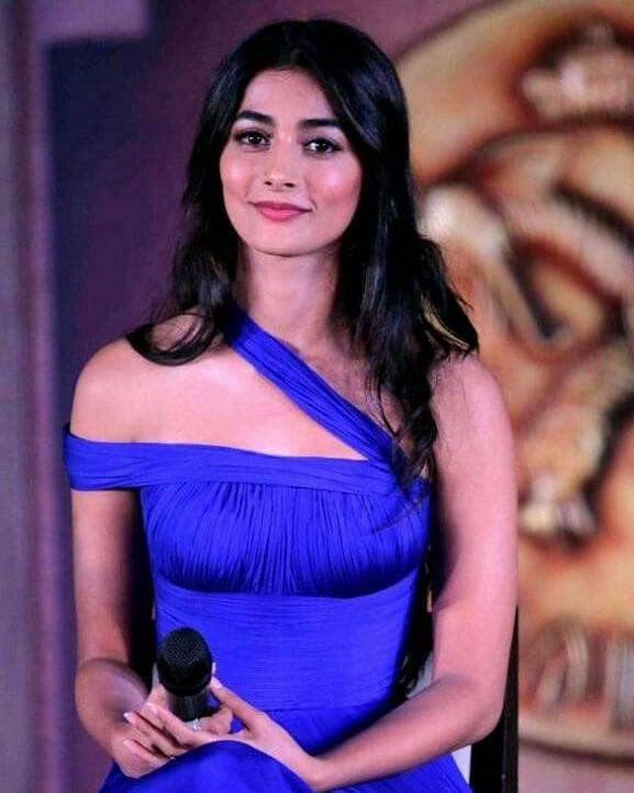Pooja hegde blue dress modeling photos