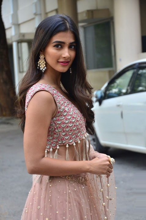 Pooja hegde sakshyam motion poster launch stills