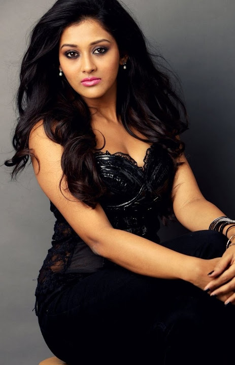 Pooja jhaveri black dress wide slide show