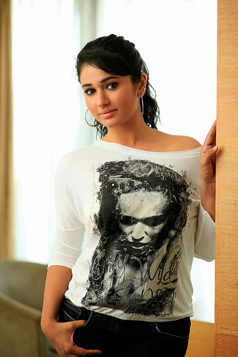 Poonam bajwa photoshoot photos
