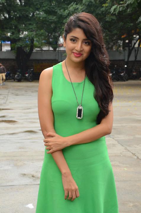 Poonam kaur green dress exclusive image