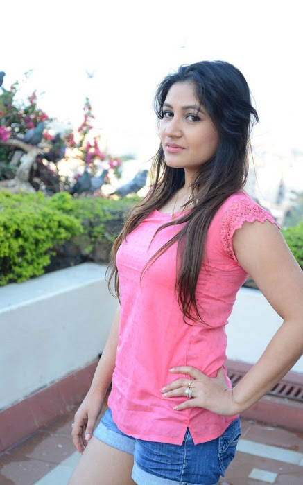 Prabhjeet kaur cute pink dress photos