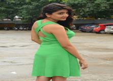 poonam kaur green dress pictures